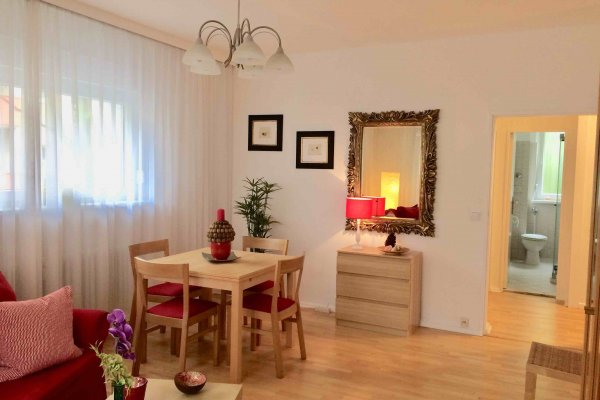2-комнатная квартира в 850м от KaDeWe