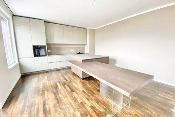 Nice penthouse apartment near Ku'damm!