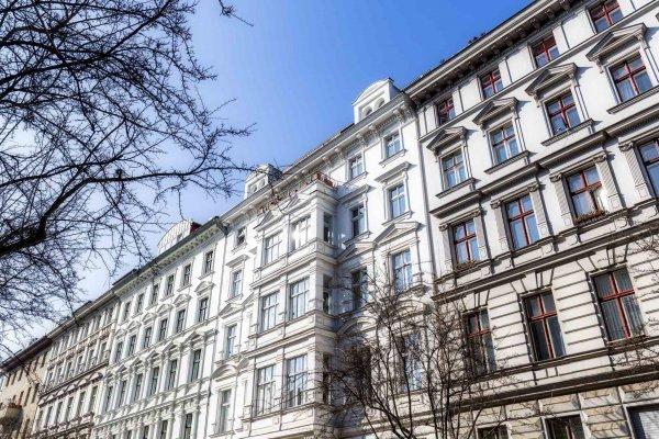 Эксклюзивная 5-ком. квартира в Берлине