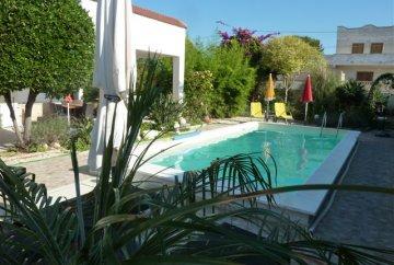 Villetta с бассейном в Апулии