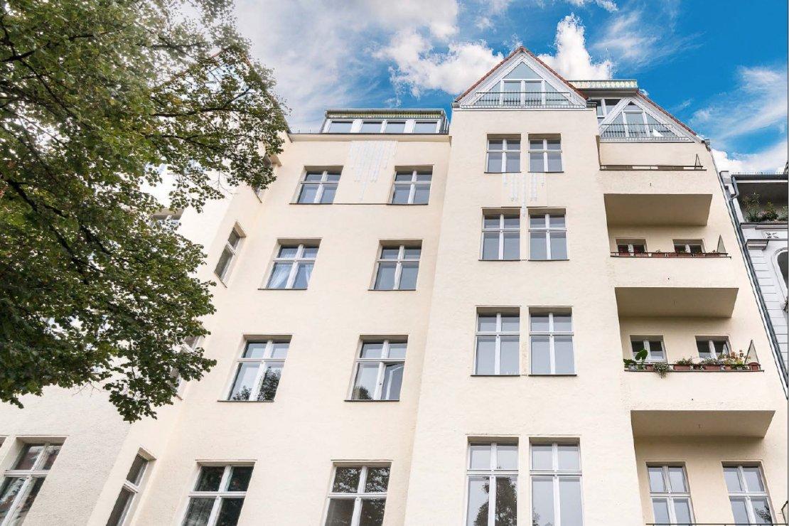 公寓老建筑在柏林-Halensee