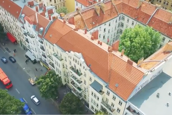 Классической здание в стиле модерн