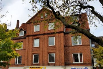 Rented residential and commercial building centrally located in Rendsburg