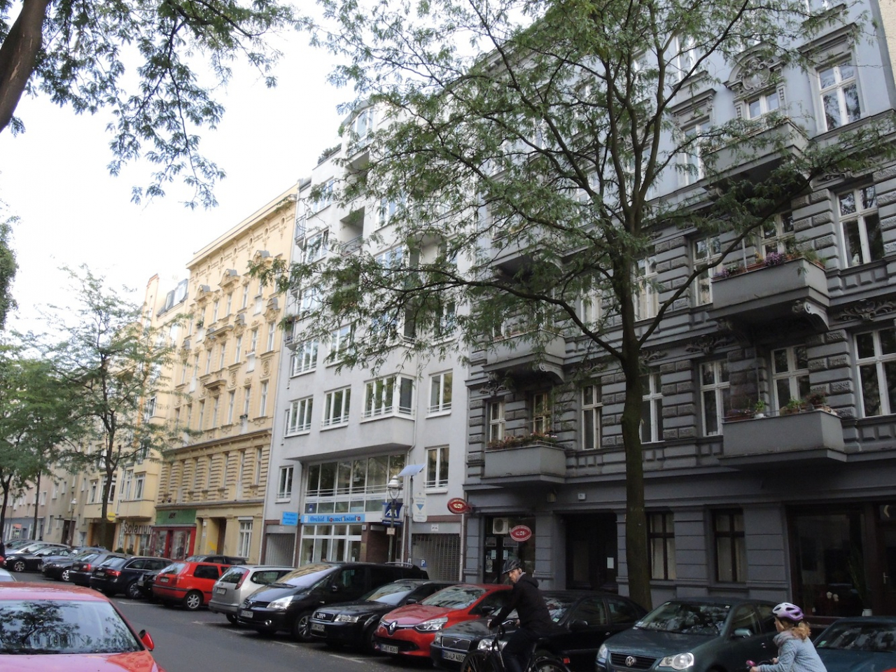 Berlin development potential of the huge areas of apartment buildings