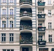Apartment house in Kreuzberg!